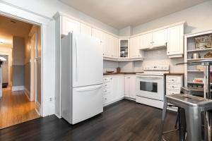 987_st_clarens_kitchen (3)