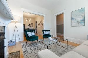 987_st_clarens_livingroom (2)