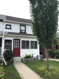 Spacious 3 Bedroom Semi in Popular West End Location! - West Toronto - Rockcliffe-Smythe